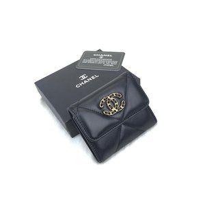 Chanel 19 small  Flap Wallet  %100 original leath